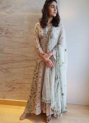 Alia Bhatt Style Latest Powdered Pink Salwar Suit With Duppatta