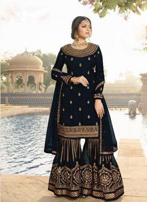 Exclusive Black Salwar Suit With Attractive Diamond Work