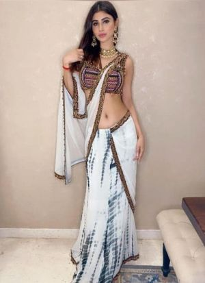 Fashionable White Georgette Thread Work Bollywood Style Saree