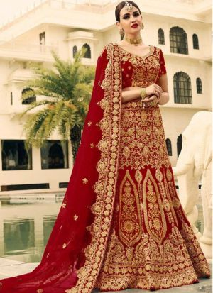 Maroon Phantom Silk Royal Looks Bridal Lehenga Choli With Chinon Silk Dupatta