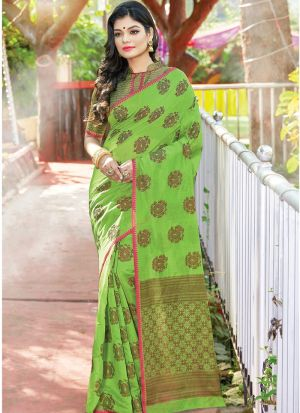 Parrot Women Wedding And Partywear Cotton Handloom Saree