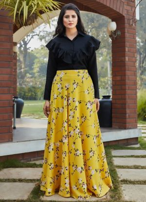 Trendy Yellow Printed Skirt With Top