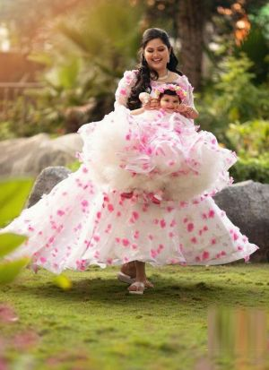White Flower Printed Mother Daughter Gown Combo