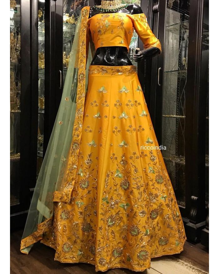 95e0b208bc Party Wear Lehenga Choli | Party Lehengas and Party Ghagra and Chaniya Choli  Online Shopping