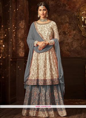 Maisha 5807 Grey Georgette Embroidered Partywear Salwar Suit