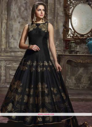 Phantom Silk Black Designer Gown For Wedding Party