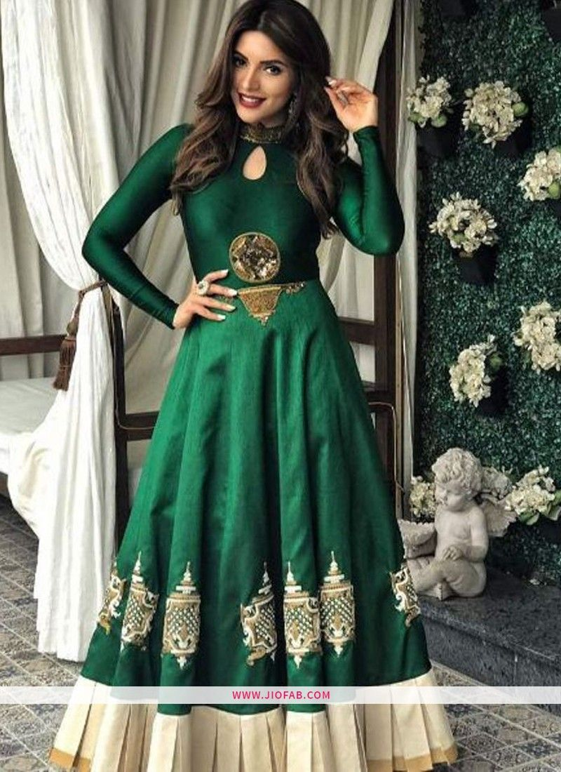 f54d08b083be31 AB-94 | Buy Heavy Embroidery Dhupian Silk Designer Gown In Green Color  Online