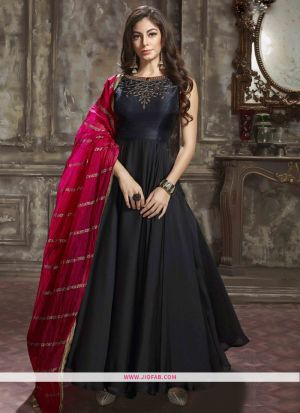 Designer Latest New Arrival Partywear Black Color Gown