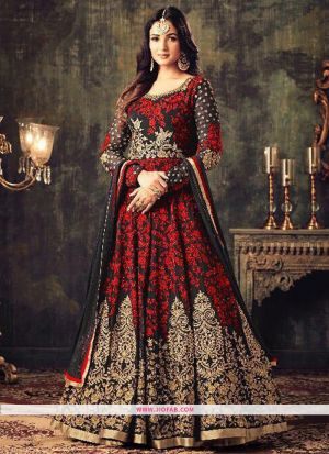 KD 1144 Red Georgette Embroidered Wedding Salwar Suit
