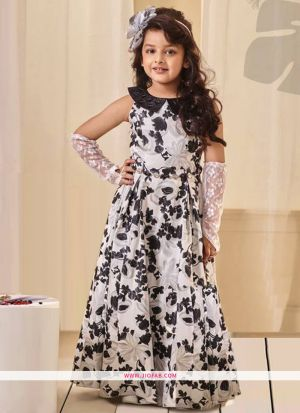 Kids Wear Black And White Crepe Floor Length Gown For Festive
