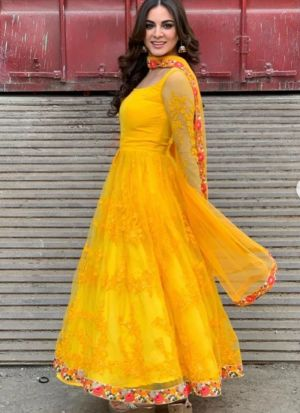 Shraddha Arya Yellow Thread Work Salwar Suit